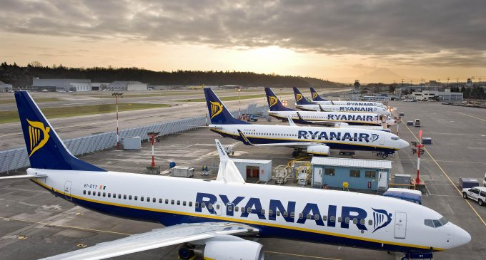 Ryanair concludes 5 year pay deal with pilots