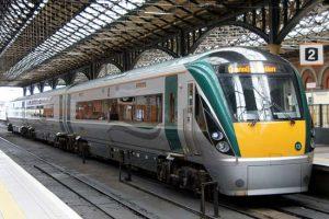 10-irish-rail-class-22000[1]